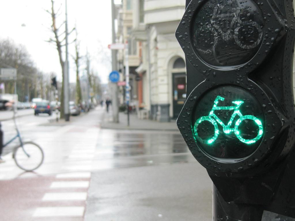 ¿Qué es, en realidad, descarbonizar el transporte?